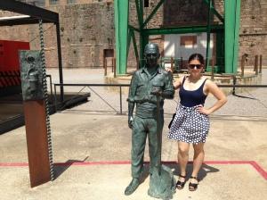 estatua mina